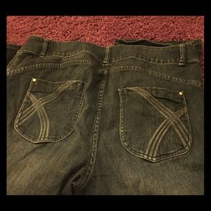 Stretch Dark Wash Jean Shorts Bermuda 40W 22L🐣